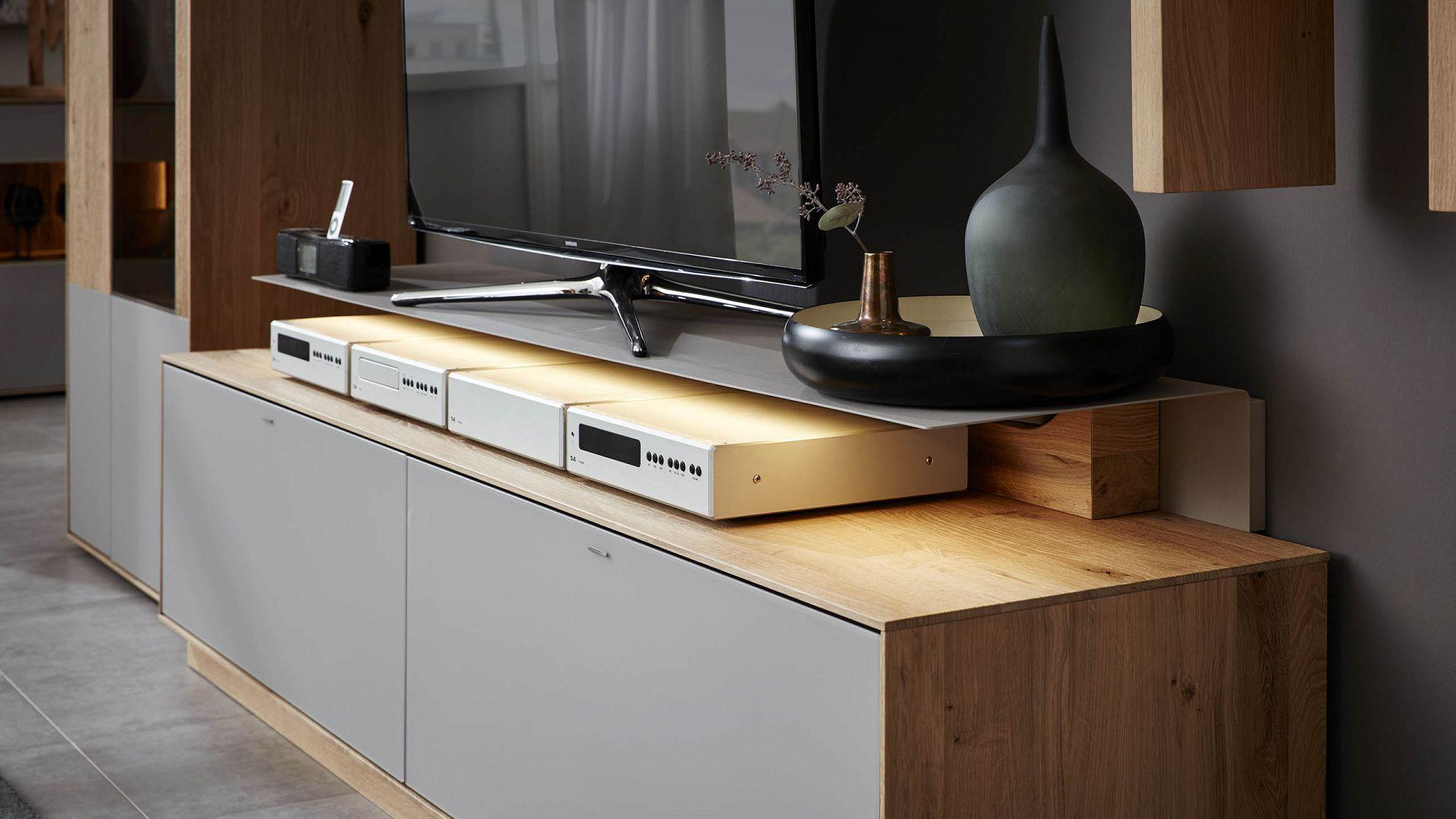 interliving wohnzimmer serie 2001 wohnwand 5 jahre garantie m bel schaumann. Black Bedroom Furniture Sets. Home Design Ideas