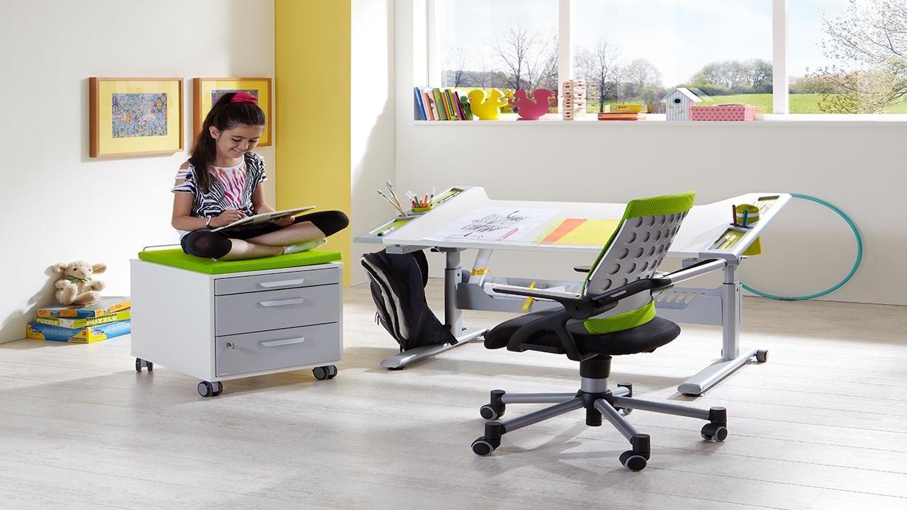 schreibtischstuhl kaufen kinderzimmer m bel schaumann kassel. Black Bedroom Furniture Sets. Home Design Ideas