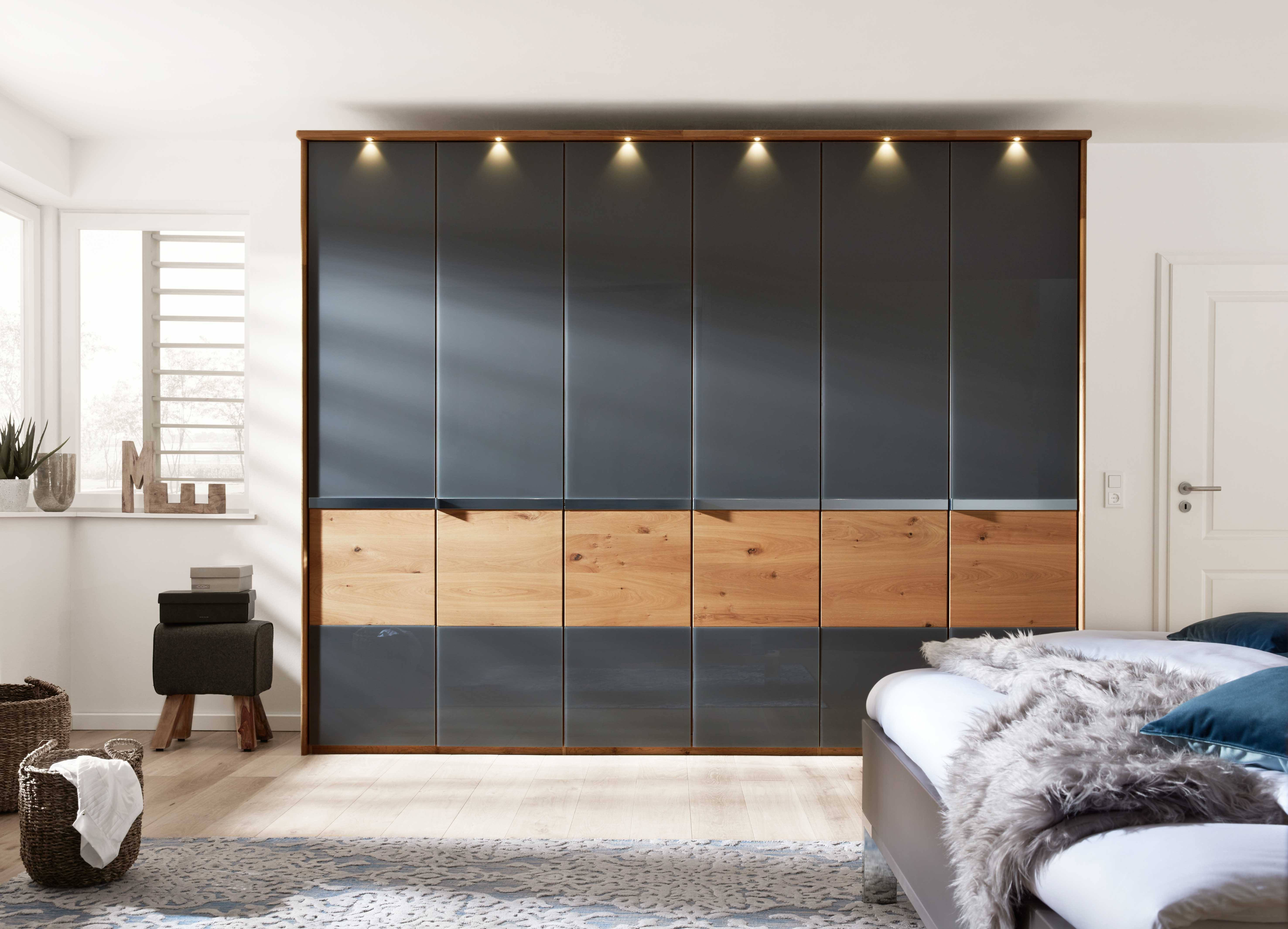 schrank konfigurieren kleiderschrank selbst zusammenstellen. Black Bedroom Furniture Sets. Home Design Ideas